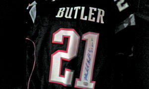 Malcolm Butler autographed jersey. Size: XL. Blue color. Malcolm Butler was Superbowl 49 hero.