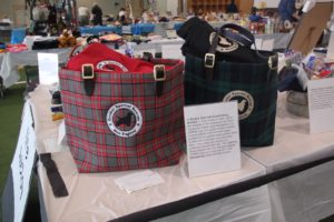 Custom Tote Bags with Blanket in Live